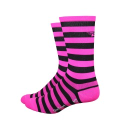 DeFeet Aireator black and pink stripes 6 inches