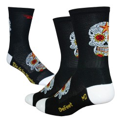 Defeet Aireator tall sugarskull black/white