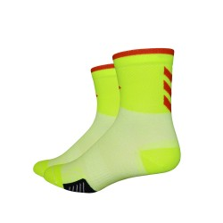 Defeet Cyclismo 3 inches chevron yellow hi-vis & red