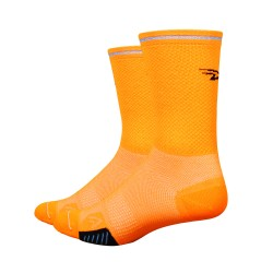 Cyclismo Hivis cycling socks neon orange with reflector