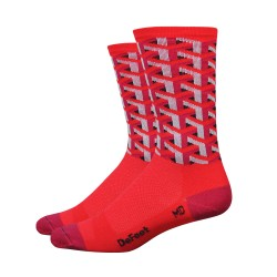 DeFeet Aireator Framework red socks