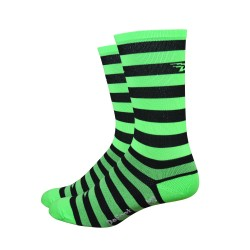 DeFeet Aireator black and green stripes 6 inches