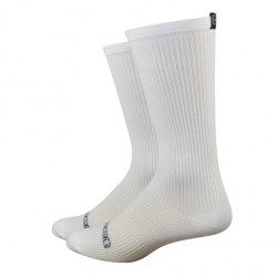 DeFeet Disruptor white aero socks