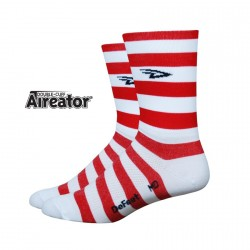 Chaussettes Defeet Aireator Hi-Top double layer Stripers blanc et rouge